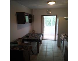 Ap 2 camere, decomandat, Aradului