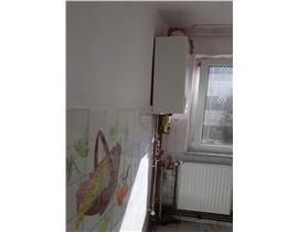 Ap 3 camere etaj intermediar, zona Dacia, centrala termica