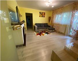 Aradului vis a vi Mall, 3 camere, et2,CT,AC, 450 euro