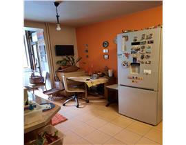 Balcescu, 2 camere renovat, bloc caramida